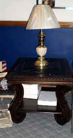 table and lamp.jpg (41063 bytes)