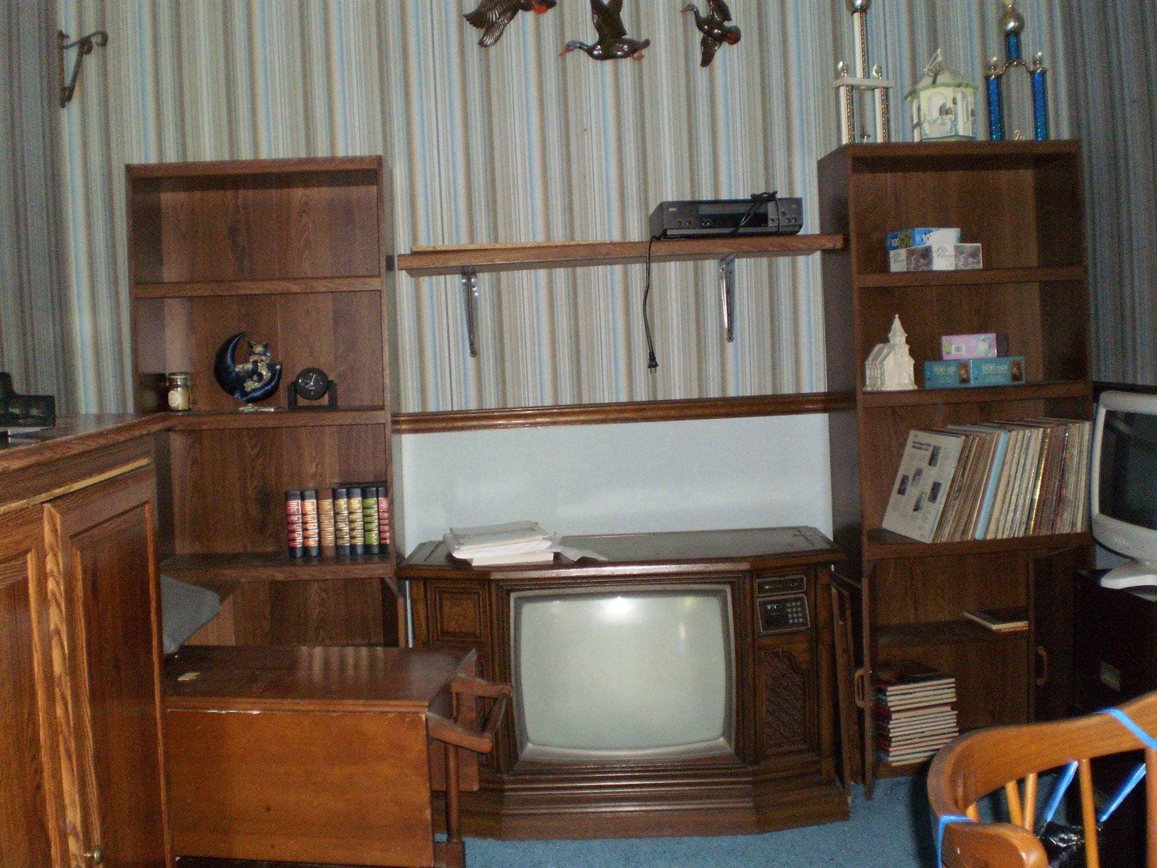 Floor model tv jpg 419317 bytes for Floor model tv